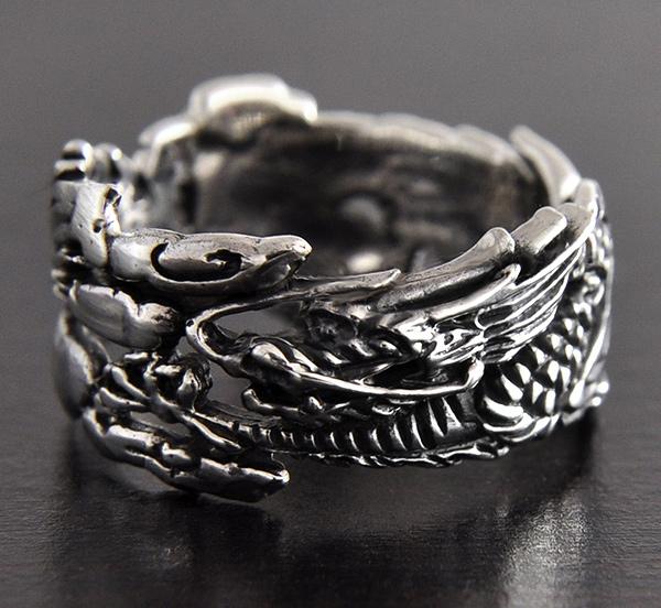 bague en argent dragon