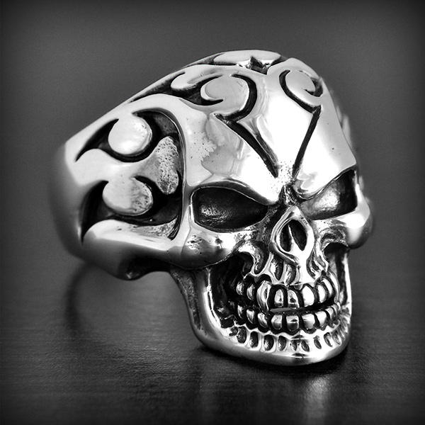 bague argent t te de mort biker excalibur bijoux. Black Bedroom Furniture Sets. Home Design Ideas