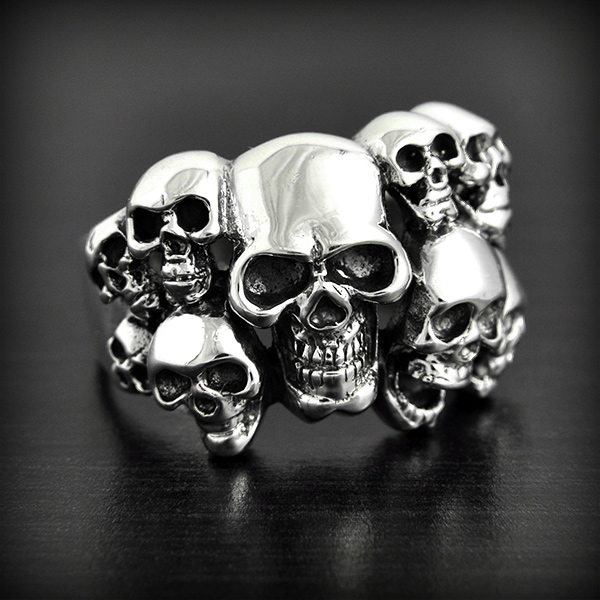 bague t tes de mort multiple argent excalibur bijoux. Black Bedroom Furniture Sets. Home Design Ideas