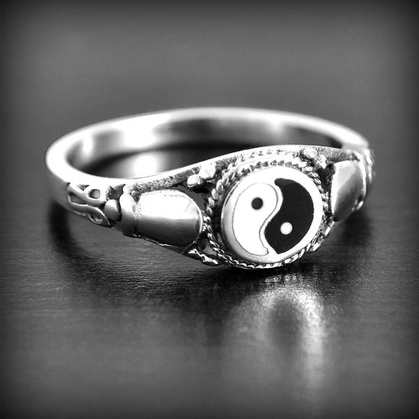 bague en or yin yang