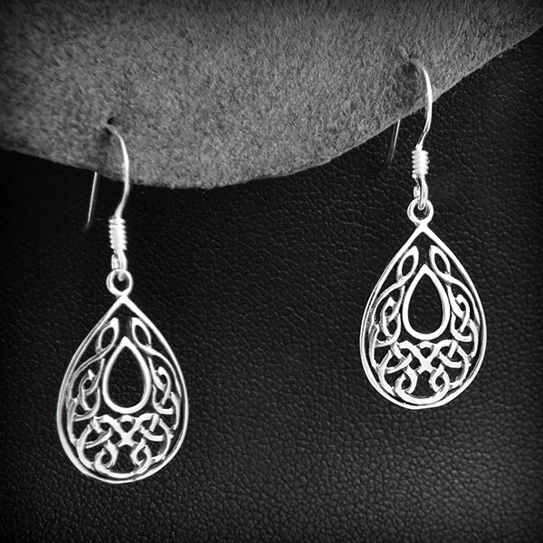 Boucles d 39 oreille entrelacs gouttes argent excalibur bijoux - Boite a bijoux boucle d oreille ...