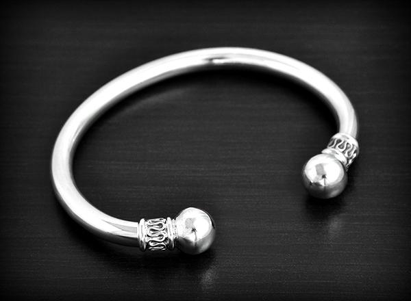 e9fdda0a7c3fa Bracelet Argent Modèle Esclave