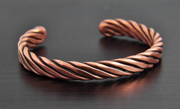 Bracelet cuivre fabrication