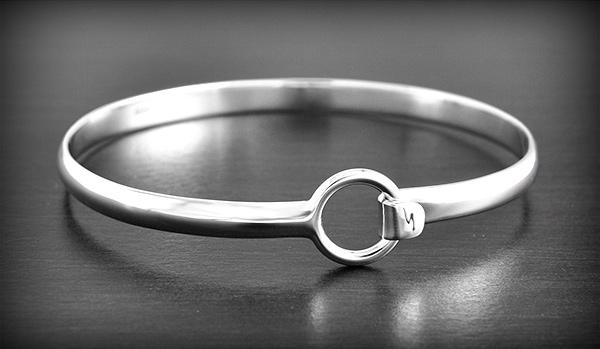 bracelet femme dur