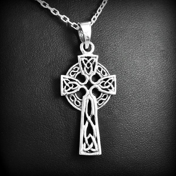 Croix celtique 4 Pendentif celtique